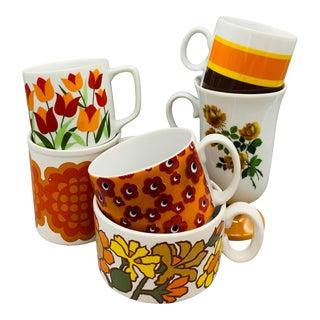 1960s Mismatched Orange Vintage Pedestal Mugs - Set of 6 For Sale