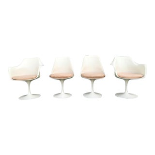 1970s Mid-Century Modern Eero Saarinen for Knoll Tulip Chairs - Set of 4 For Sale