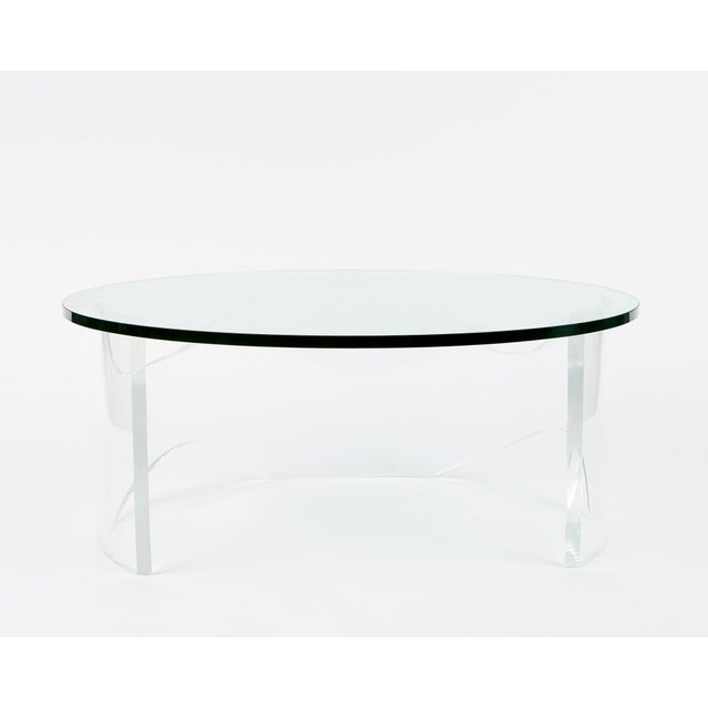 Biomorphic Lucite Coffee Table, 1970s For Sale - Image 4 of 4