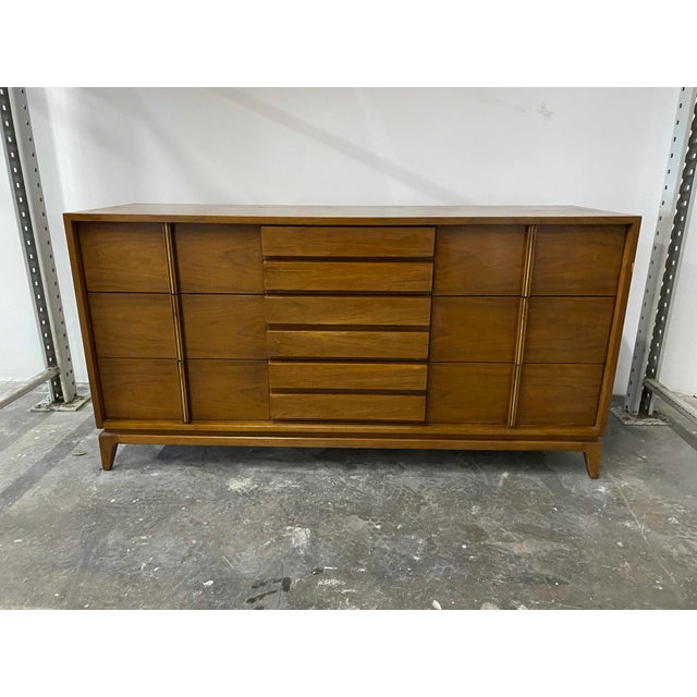 Brass American of Martinsville 9 Drawer Walnut Dresser With Brass Accents For Sale - Image 8 of 8