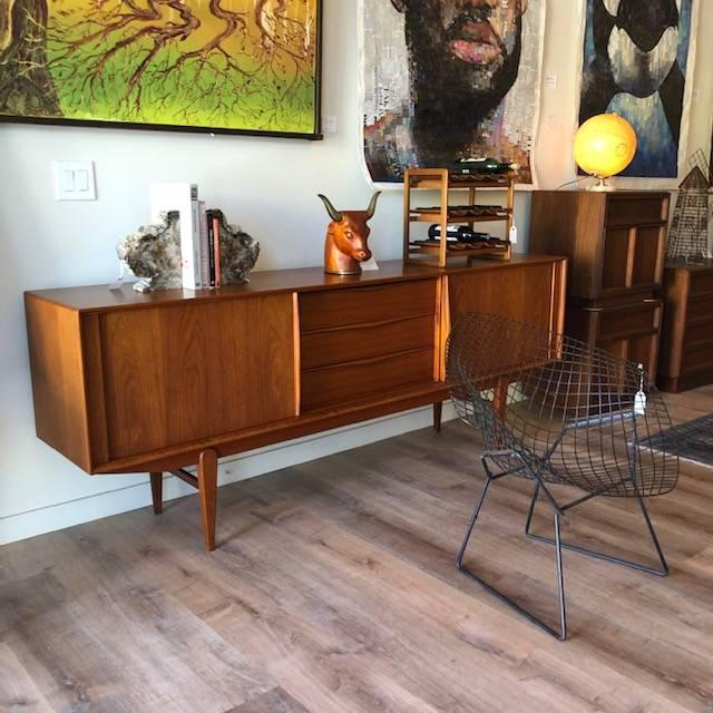 "Mid-Century Harry Bertroia-Designed ""Diamond Chair"" for Knoll For Sale - Image 9 of 10"