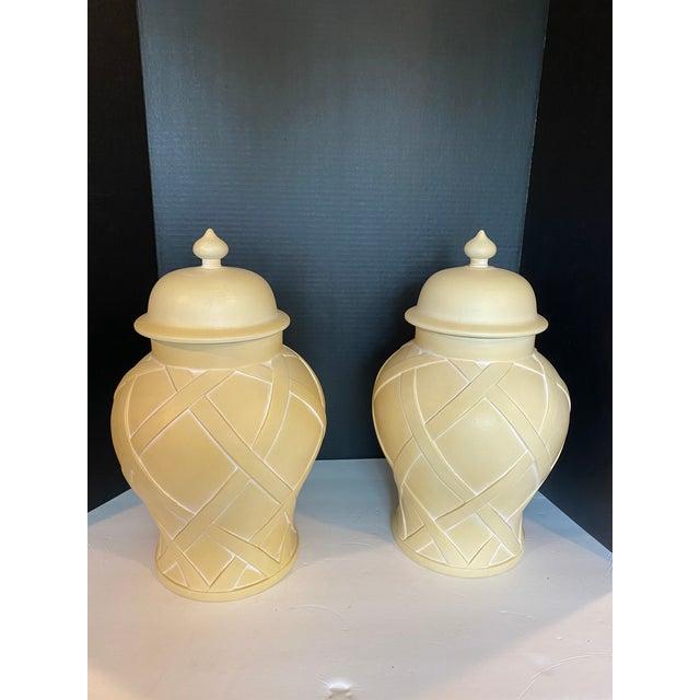 Vintage Lattice Design Ginger Jars - a Pair For Sale - Image 9 of 9