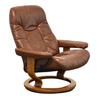 Brown Ekornes Stressless Reclining Lounge Chair For Sale
