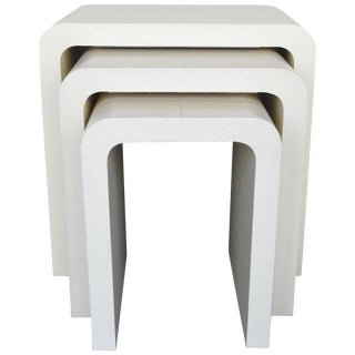 1960s Mid-Century Modern Creme Nesting Tables - Set of 3 For Sale