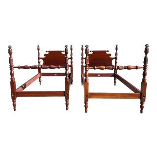 Solid Mahogany Pineapple Top Twin Beds- a Pair For Sale