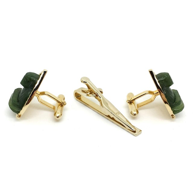 Contemporary 1960s Vintage Swank Jade Buddha Cufflink & Tie Bar Set For Sale - Image 3 of 4