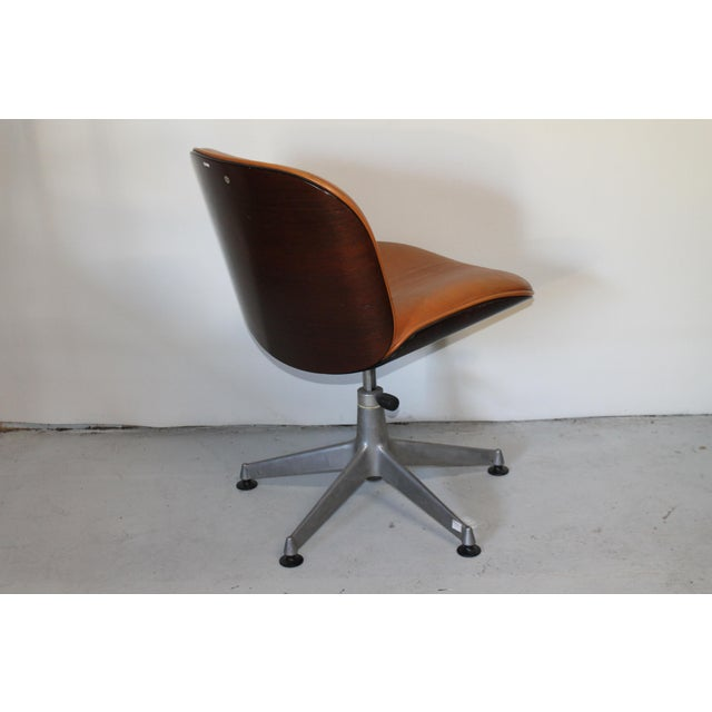 1960s Vintage Ico Parisi Italian Ultra Modern Leather Chairs- A Pair For Sale - Image 9 of 12