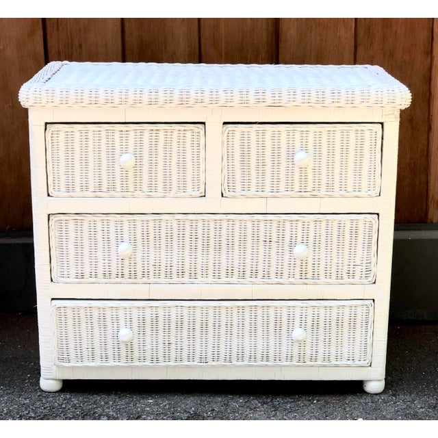 White Wicker Five Drawer Dresser in the Style of Henry Link For Sale In New York - Image 6 of 6