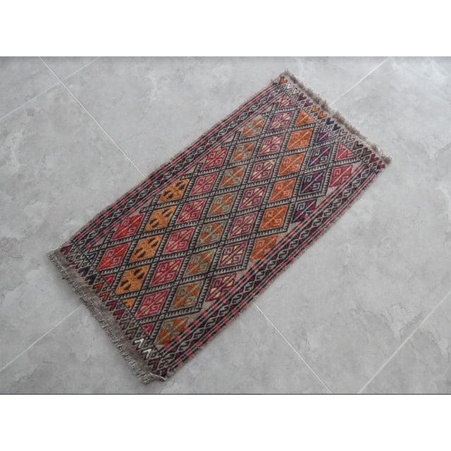 Small Turkish rug. Hand woven with high quality pure wool. Excellent condition. From TURKEY Works well with all styles of...