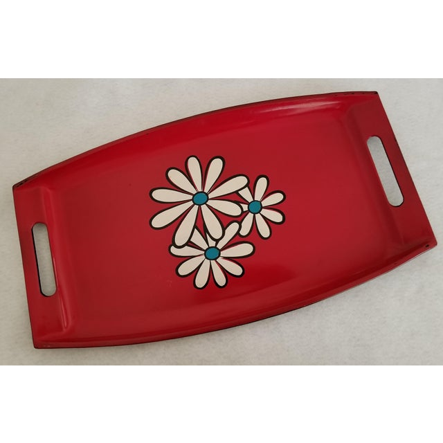 Plastic 20th Century Pop Art Red Lacquer Serving Tray With Daisies For Sale - Image 7 of 7