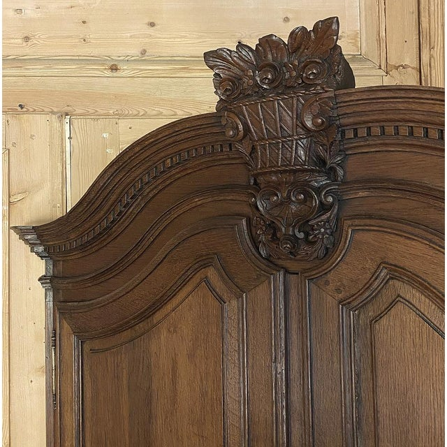 18th Century French Louis XVI Corner Cabinets - a Pair For Sale - Image 11 of 13