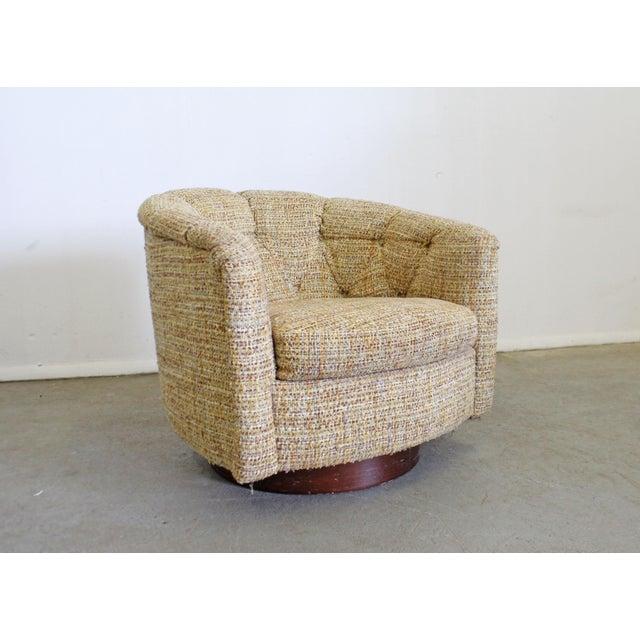 Mid-Century Modern Mid-Century Modern Milo Baughman Thayer Coggin Swivel Rocker Lounge Chair For Sale - Image 3 of 13