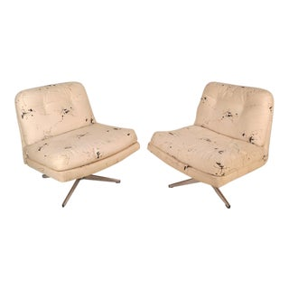 Milo Baughman Style Mid-Century Swivel Lounge Chairs - A Pair For Sale