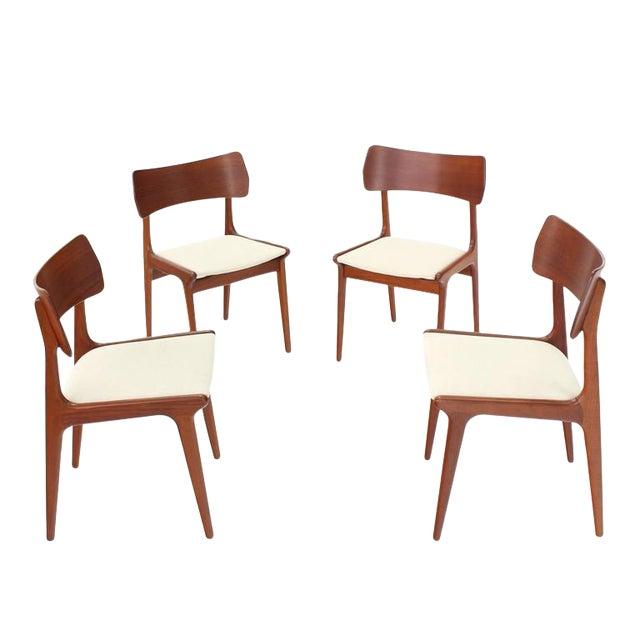 Sensational Danish Mid Century Modern Dining Chairs Set Of 4 Short Links Chair Design For Home Short Linksinfo