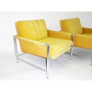 Pair of 1960s Founders Furniture Lounge Chairs in the Style of Harvey Probber Preview