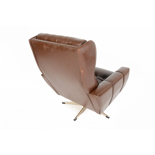 High Back Brown Leather Swivel Lounge Chair - Image 7 of 10