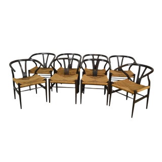 Danish Modern Style Set of 8 Rosewood Wishbone Rush Seat Dining Chairs For Sale