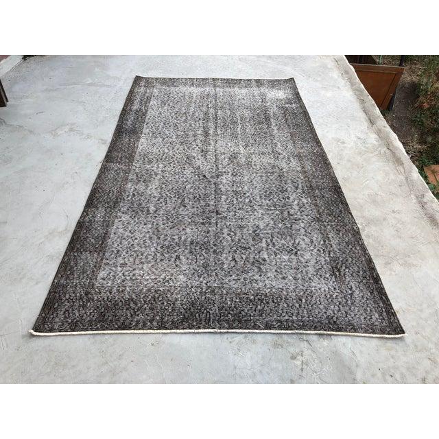 1960s Vintage Turkish Distressed Gray Carpet - 5′4″ × 9′6″ For Sale - Image 11 of 11