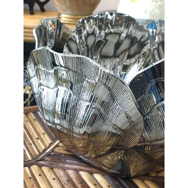 Mid-Century Modern Nickel-Plated Bronze Clamshell Cachepot or Wine Cooler Ice Bucket For Sale - Image 3 of 10