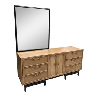 Mid Century American of Martinsville Ming Credenza Dresser - Removable Mirror For Sale