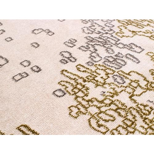 Organic Contemporary Area Rug in Silk and Wool by Carini, 10'x14' For Sale - Image 4 of 5