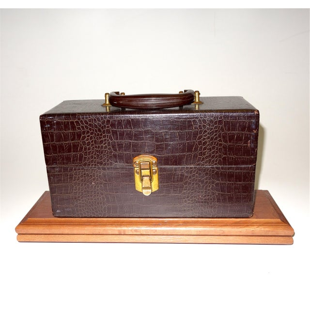 Art Deco Vintage Cinema Equipment Carry Case. Patterned Croc Canvas on Wood, 1940s Artifact For Sale - Image 3 of 4