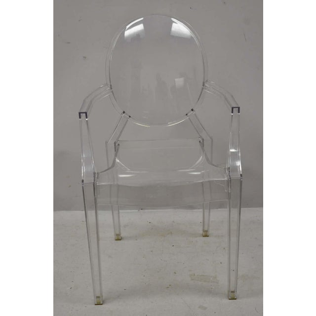 Philippe Starck Style of Kartell Phillippe Starck Louis Ghost Chairs Set of 6 For Sale - Image 4 of 6