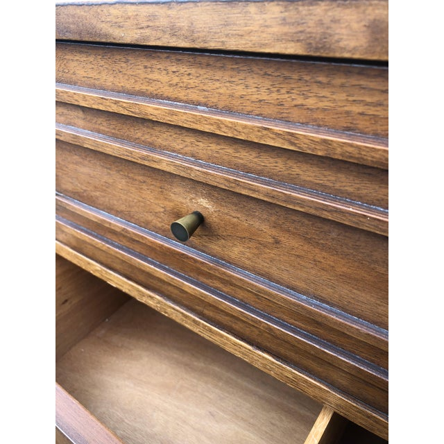 Brown Mid Century Modern Highboy Dresser Sculptura by Broyhill For Sale - Image 8 of 13