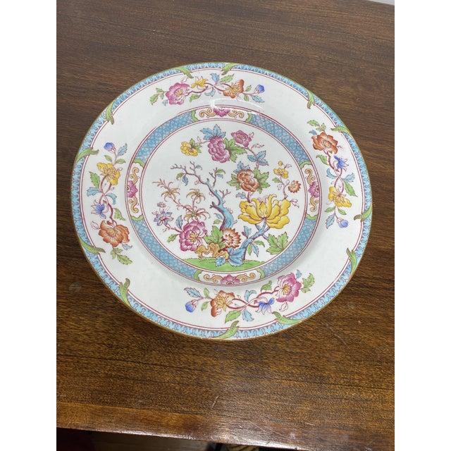 Ceramic English Cauldron Dinner Plate For Sale - Image 7 of 7