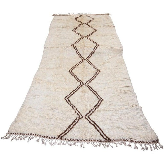 Beni Ourain Carpet From the Atlas Mountains of Morocco, 1950s For Sale - Image 6 of 6