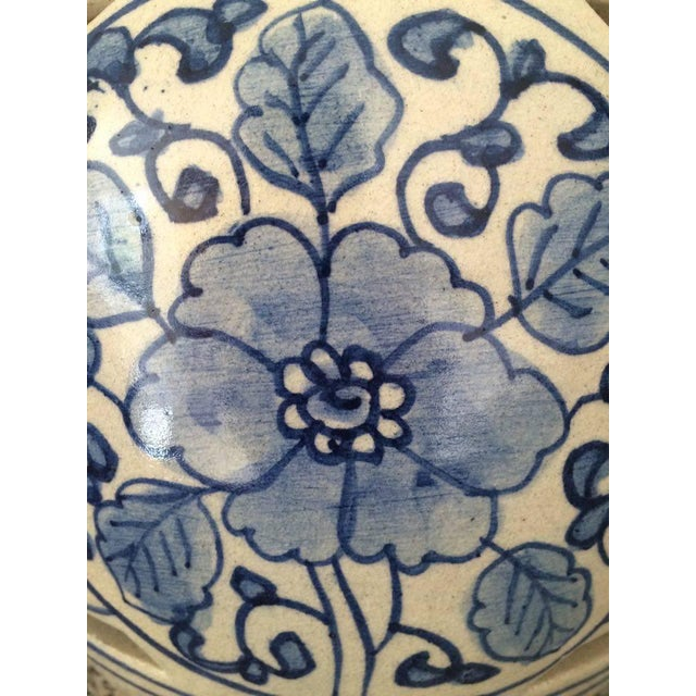 Blue and White Chinese Ceramic Lamps - A Pair - Image 5 of 5