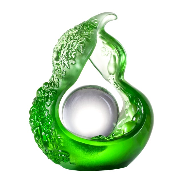 LIULI Crystal Art Crystal Hulu Feng Shui Sculpture in Spring Green For Sale - Image 4 of 4