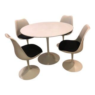 "Eero Sarrinen ""Tulip"" Dining Set - 5 Pieces For Sale"