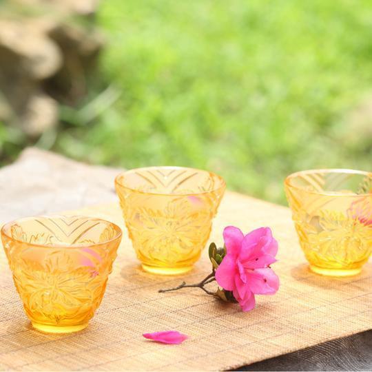 """To Drink Amongst Flowers"" Crystal Sake Glasses in Light Amber - Set of 4 For Sale - Image 10 of 11"