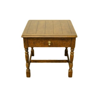 20th Century Country Henredon Furniture Solid Oak Square Accent Table For Sale
