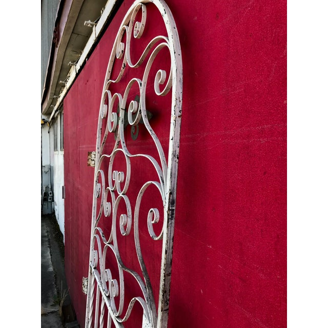 1940s Shabby Chic Rusty White Arched Wrought Iron Garden Fence For Sale - Image 10 of 11