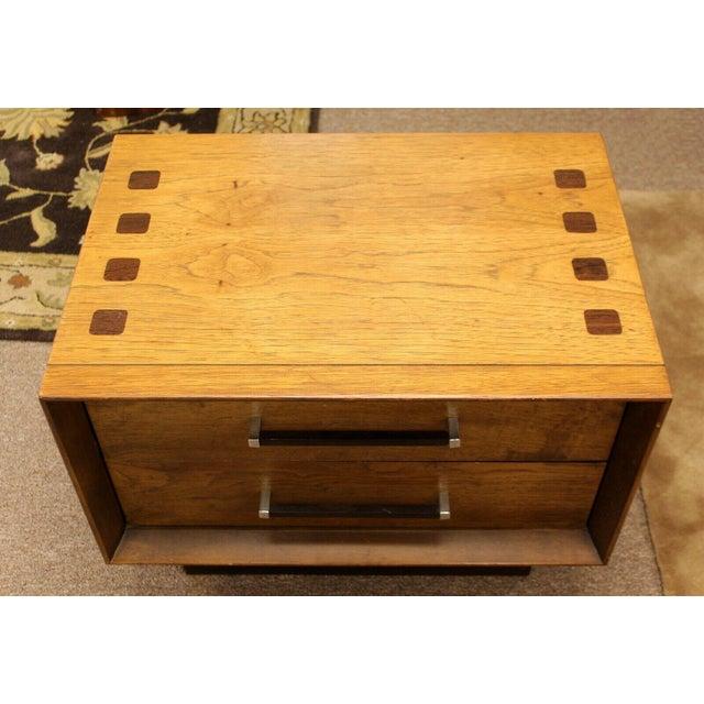 Mid Century Modern Lane Rosewood Bedroom Set Dresser Headboard Cabinet - Set of 6 For Sale - Image 10 of 13