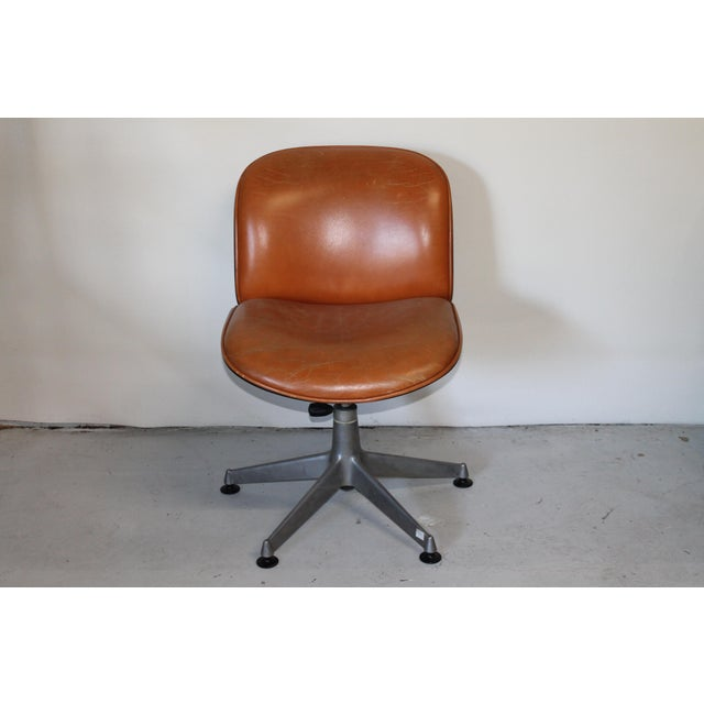Ico Parisi 1960s Vintage Ico Parisi Italian Ultra Modern Leather Chairs- A Pair For Sale - Image 4 of 12