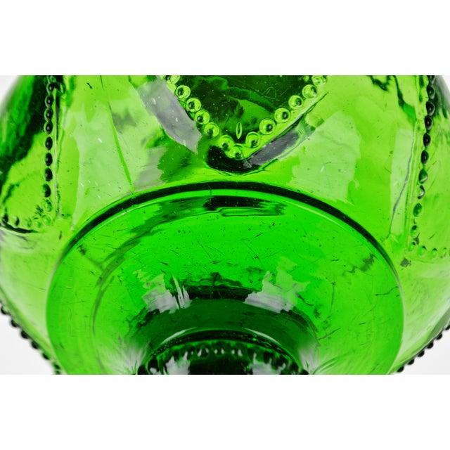 Vintage Emerald Green Glass Oil Lamp W/ Heart Design For Sale In Philadelphia - Image 6 of 12