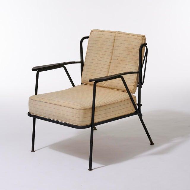 Maurizio Tempestini Vintage Mid Century Maurizio Tempestini for Salterini Black Wrought Iron Ribbon Lounge Chairs- a Pair For Sale - Image 4 of 9