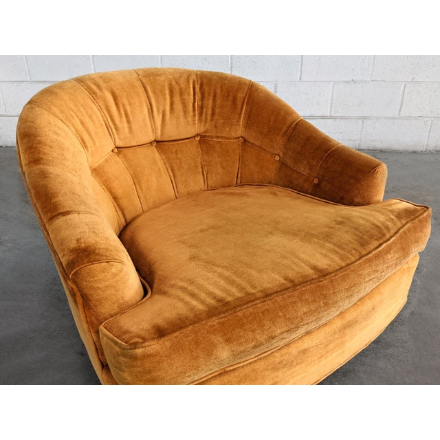 Mid Century Modern Walnut Base Swivel Club Chairs - a Pair For Sale In Chicago - Image 6 of 10