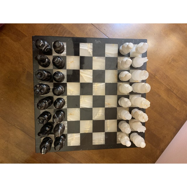 1970s Vintage Hand Carved Quartz/Marble Complete Chess Set - 32 Pieces For Sale In Detroit - Image 6 of 13