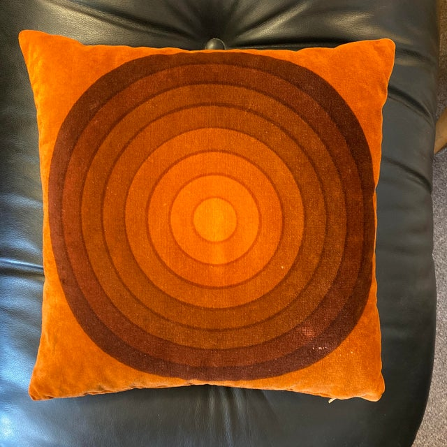 Textile Mid-Century Modern Verner Panton Velour Pillows - Set of 3 For Sale - Image 7 of 13