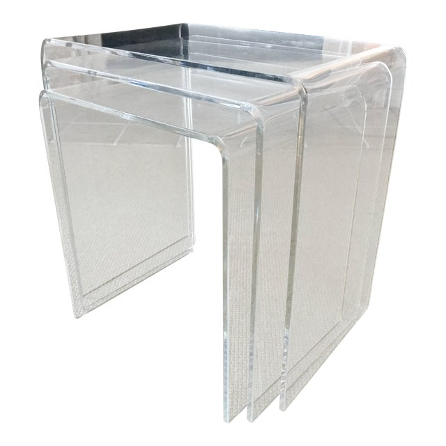 Vintage Lucite Nesting Tables - Set of 3 For Sale