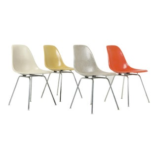 1960s Vintage Herman Miller Eames Dsx Fiberglass Shell Chairs- Set of 4 For Sale