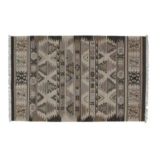 Navajo Style Kilim Rug - 5′4″ × 8′4″ For Sale