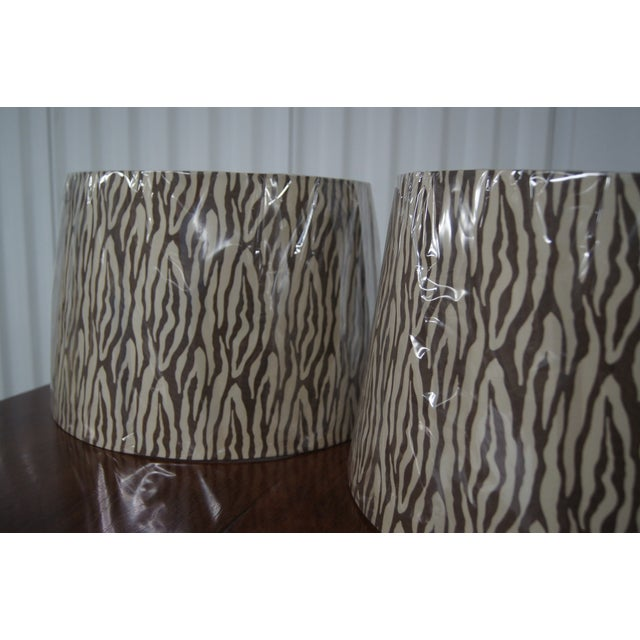 Modern Brown & Cream Patterned Lamp Shades - Image 3 of 4