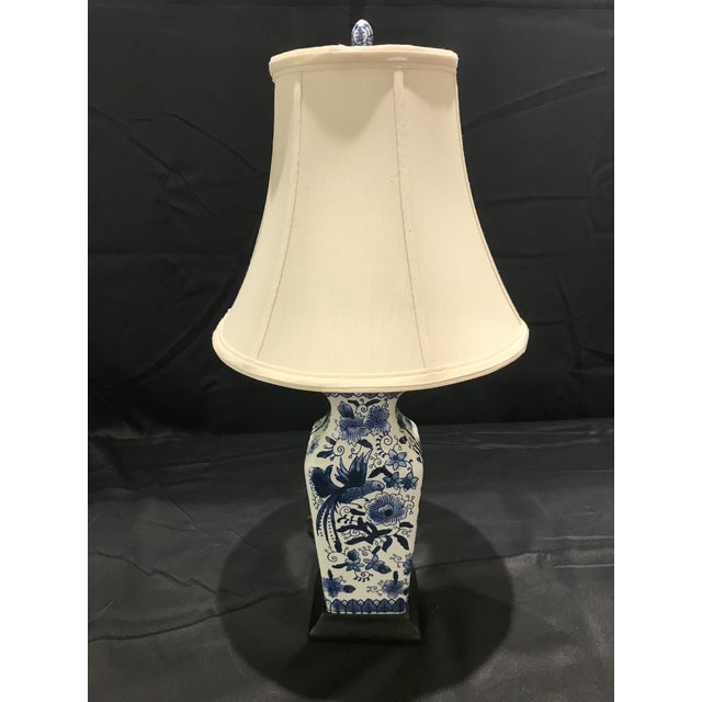 1990s Chinoirserie Blue and White Ceramic Table Lamp For Sale - Image 13 of 13