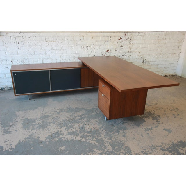 Contemporary George Nelson for Herman Miller L-Shaped Executive Desk, 1950s For Sale - Image 3 of 13