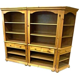 Broyhill Pine Bookcase Unit - Set of 3